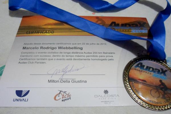Medalha e Certificado Audax 200 BC 2012
