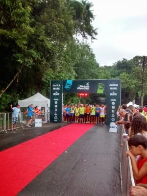 Instantes antes da largada da Meia Maratona de Joinville